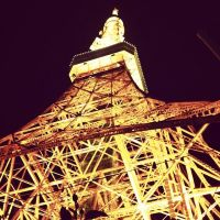 Tokyo Tower by amoralisch