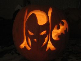 Batman pumpking carving by TelevisionBox