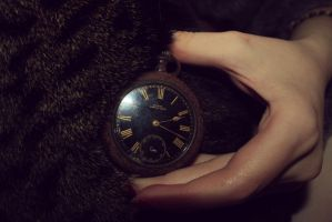 Do you have the time, sir ? by Ithilwenion