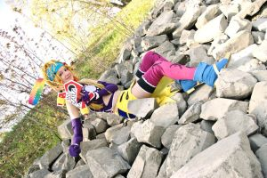 FF X-2 - lying on stones by AlBhedNika
