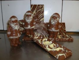 Santas and bars of chocolate by Gwendelyn