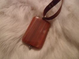 Pendant_back view by Snega-re-Scardlieng