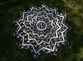 Twelve Pointed Blanket by YoungManGrannySquare