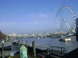 London Eye on the Thames by ionshu