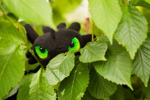 Toothless plush, embroidered eyes by RoninBoxers