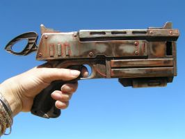 10MM COLT FROM FALLOUT by faustus70