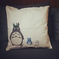Tonari no Totoro Pillow by Marcynuk
