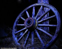 light painting the wheel by ISLEOFMANNPHOTOS
