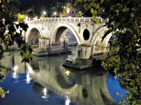 The Ponte Sisto at Night by mit19237