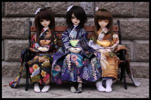 Kimonos and girls? by yenna-photo