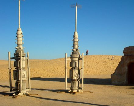 mos eisley by croforcesensitive