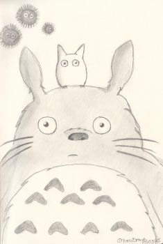 Totoro Doodle by YumiDraws