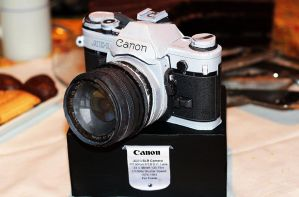 Canon AE-1 SLR Camera Papercraft by g3xter