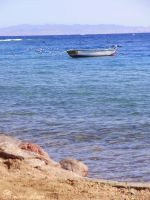 Boat on the Red sea by Cecilou-chan
