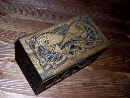 Pyroengraved Wooden Box by twistedstrokes