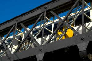 London 7 - A Dash of Yellow by umboody