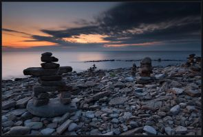 Mornig of Running Inukshuks by IgorLaptev