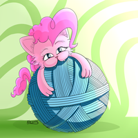 Pink kitty by Cheshiresdesires