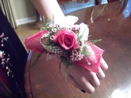 Prom flowers by wittlecabbage