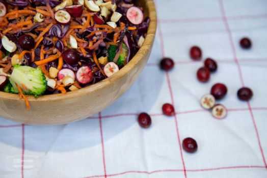 Paleo red cabbage salad by KLutskaya