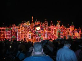 Its a Small World Holiday by Pupachu