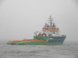 Dutch tug Fairmount Sherpa 2005- by roodbaard1958