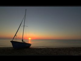 Sunrise in Vama Veche by vxside