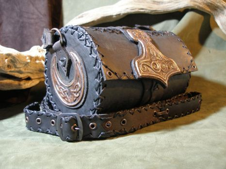 Thor's hammer leather bag 8 by morgenland