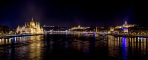 Buda and Pest by AkDemeter