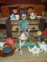 SkElEtoN TeA PaRty by abstractjet