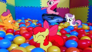 CMC With Pinkie Pie In The Ball Pit by Macgrubor