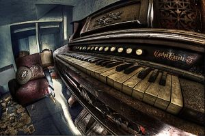 piano by Lupardus-lu