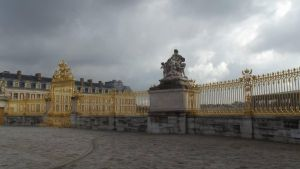 Versailles Exterior 2 by PuzzledHeartBox