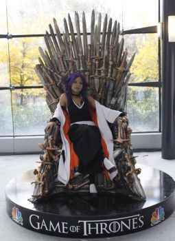 Yoruichi and the throne by sefioum