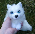 Arctic fox - small floppy 1 by goiku