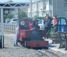 Russell Steaming at Fairbourne by rlkitterman