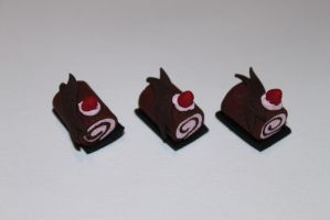 1:12 Scale Jelly Roll Cakes with Strawberry by BeautifulEarthStudio