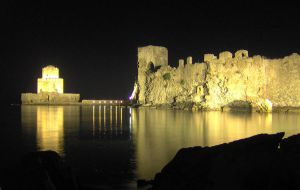 Methoni's Castle - Greece by zpzp