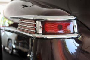 Lincoln Tail Light by theCrow65
