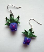 Oddish earrings by GabrielWings