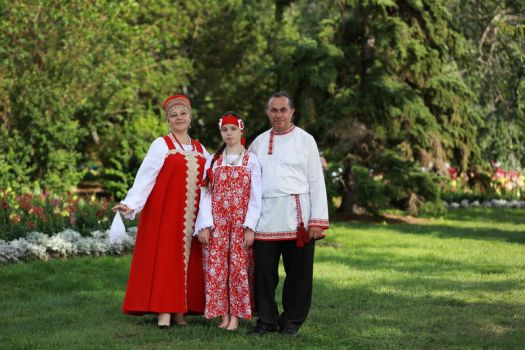 Russian folklore authentic costumes by lovebiser