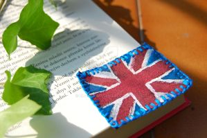 Bookmark - The British tea with a book by Zluvka