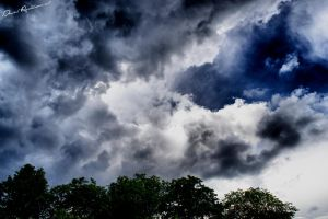 Just before the rain.. by danniibooy