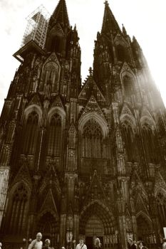 Cologne Cathedral by GreenNightingale