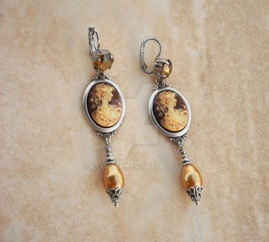 Cameo Dangle Earrings by Aranwen