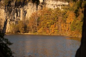 lake of the Ozarks at fall by yamiyalo