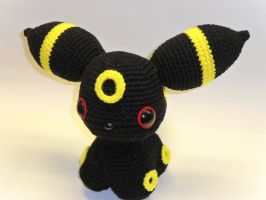 Umbreon crochet doll by Tia-tony