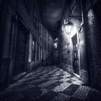 Alley of broken hearts by wchild