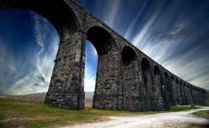 Ribbleshead Viaduct by oringebob