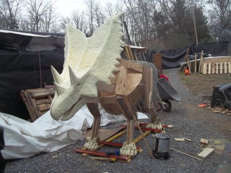 Test fitting the head on Chasmosaurus by Blade-of-the-Moon